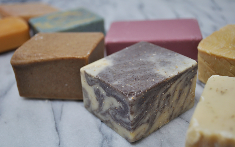 Image of several different types of shampoo bars